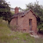 Date - 1984. Burdale Tunnel. Photo Ref 368.The tunnel had a hut just outside of each of its portals. This one is on the Southern side, and has long since disappeared©  Phil Robson